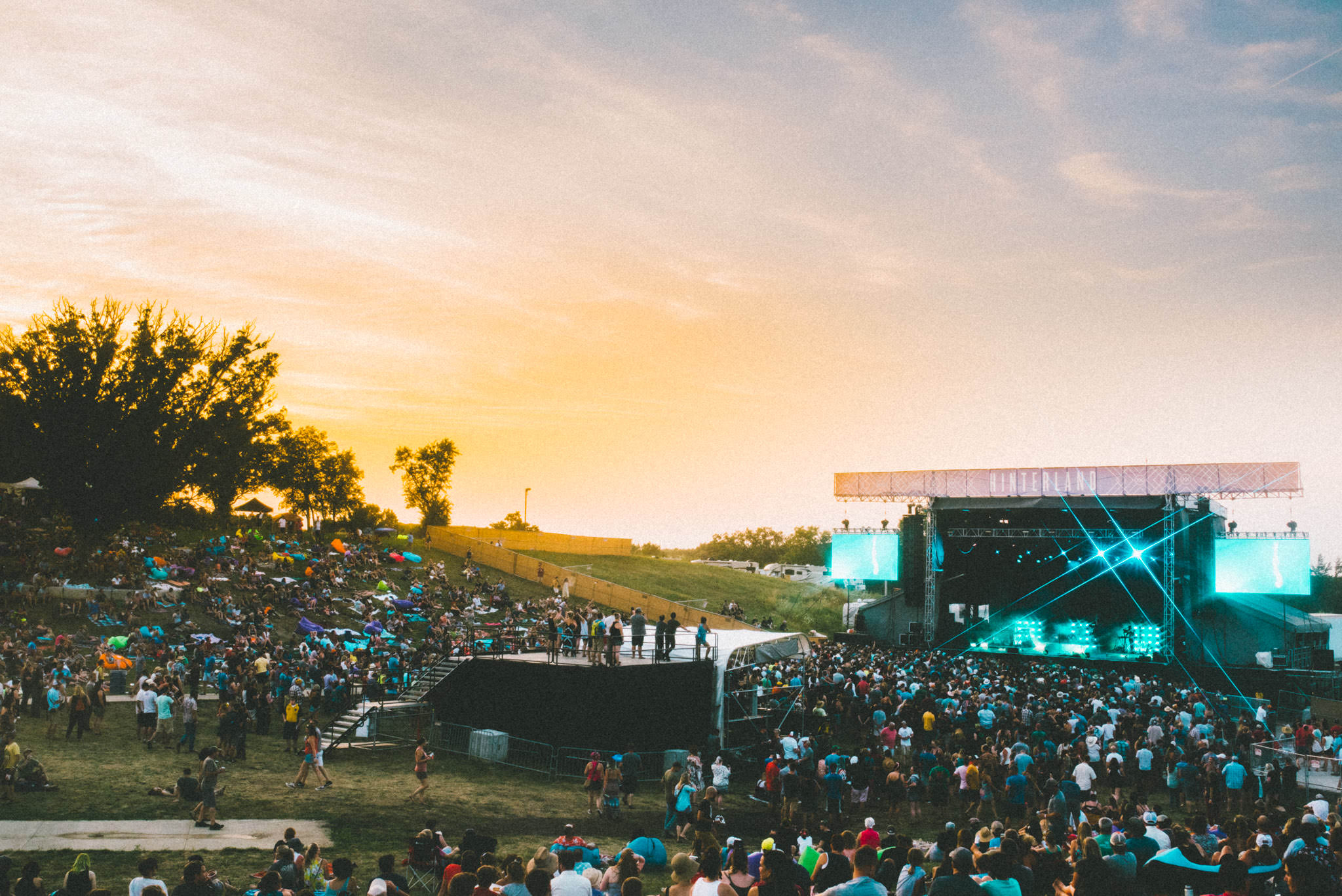 Hinterland Music Festival in Saint Charles, Iowa, live concert of Chvrches with professional light and sound.